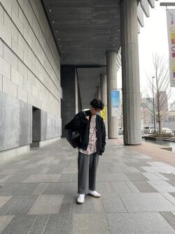 [八重 魁世]