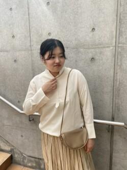 [角田 彩乃]
