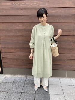 [土屋 奈津子]