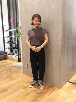 [高野 真由]