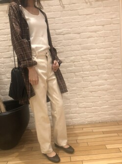 [DOORS 銀座マロニエゲート店][Rina]