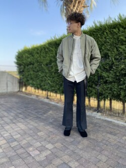 [warehouse 神戸三田プレミアムアウトレット店][三宅 諒宜]
