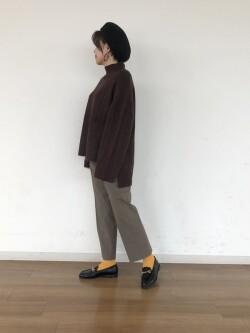 [秋山 真里佳]
