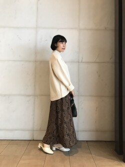 [URBAN RESEARCH Store ルクア大阪店][minami ishibashi]