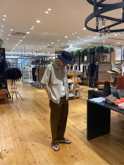 [URBAN RESEARCH Store ららぽーとTOKYO BAY店][内田 裕之]