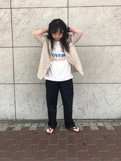[小林 彩]